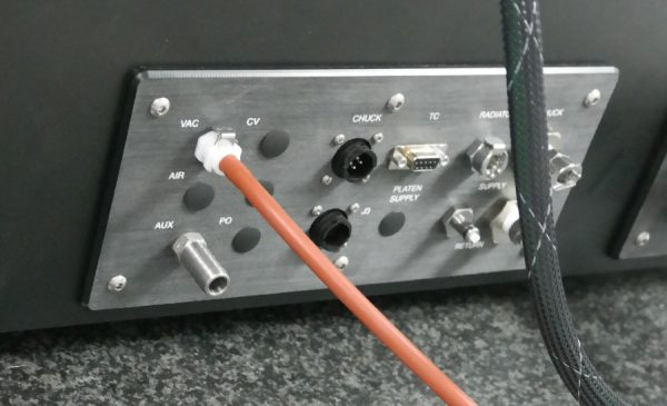 Connection on the back of P300L